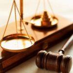 justica-advogados-advocacia-balanca-martelo-guia-menino-deus